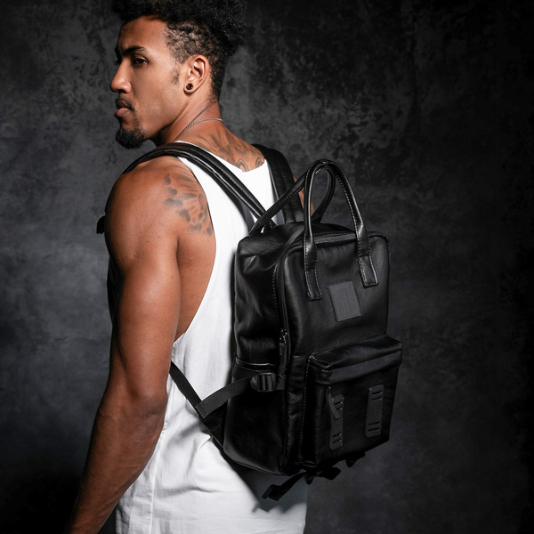 Кожаный рюкзак PLAN B